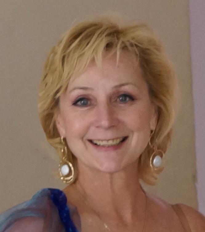 Larissa Noury